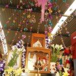 El infaltable altar, siempre protector en el Mercado de Artesanías de Oaxaca
