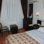 Single rooms double bed