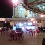 terrazza aperitivi in nottura