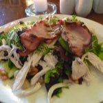 chicken bacon and avocado salad