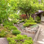 well designed & maintained Japanese garden