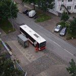 Bushaltestelle vor dem Hotel