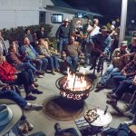 Local pickers entertain saloon goers