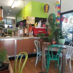 Rawthentic organic unbakery & tonic bar