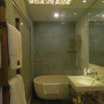 Photo de The Settlement Hotel