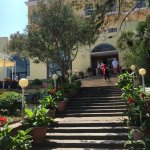 Good hotel in Anacapri. The service was fabulous but I can hardly find a place to charge my phon