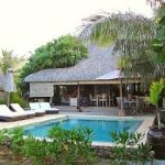 Es el área de la piscina ,el cual por las mañana se utiliza para desayunar con vista al Pacifico
