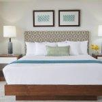Ilikai Hotel And Luxury Suites Luxury Detail