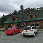 Photo de Summitt Lake Lodge
