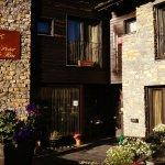 Photo de Petit Hotel de Riu