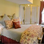 Goldbanner Suite