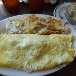 Swiss/sausage omelette ,hash browns & Blueberry muffin