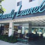 Beverly Laurel Motor Hotel Foto