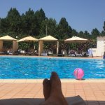 Well maintained swimming pool and great service... Nice place to get away from all the noise n p