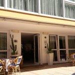 Photo de Hotel Sandra