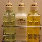 Full size shampoo/conditioner/body wash