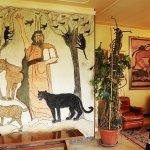 """Spazio espositivo principale della Casa Museo con il murales """"Il Mosè"""""""