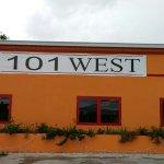 Foto de 101 West Kitchen and Bar