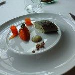 truite mariée avec la carotte et l' avoine
