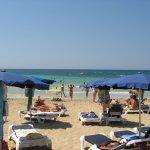 Пляж возле отеля Мелисси