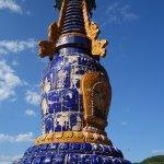 カラフルな仏塔