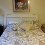 Lily Room Queen Bed
