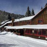 Photo de Riverside Lodge & Cabins