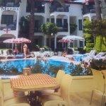 Bar and food area alongside pool