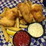 Fish & Chips with ketchup and tartar sauce