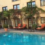 Photo de BEST WESTERN PLUS Sunset Plaza Hotel
