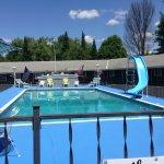 Gorgeous and spacious pool area 2016