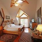 Cascade Room