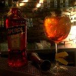 Aperol Spritz, Deck Lagonisi, cocktail bar