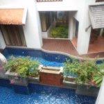 1st floor private pools