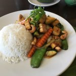 Cashew nut stir fry with vegetables and tofu (lunch, $10.50)
