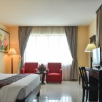 Almond Hotel Phnom Penh Foto