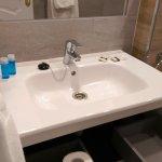 Jabón de manos, gel de baño y papel de baño