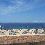 Photo de Apartamentos Poniente Playa