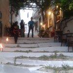 geschmückter Hauptweg griechisch orthodoxes Ostern 2016