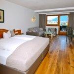 Ferienzimmer mit Holzboden