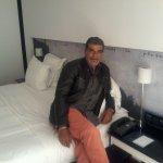 Hilton Madrid Airport لوحة