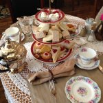 High Tea at the Crossroads