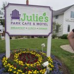 Julie's Park Cafe & Motel Foto