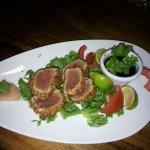 Tuna Bites with sesame seeds
