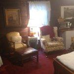 Pioneer Room-sitting