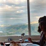 uma vista fantástica, uma boa sala de refeiçoes