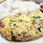 Pot roast omelette with steamed rice.