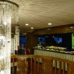 El hermoso restaurante,muy buena atencion y servicio.-