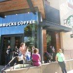 Photo de Starbucks - Downtown Disney Store