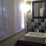 Detalles habitación y baño